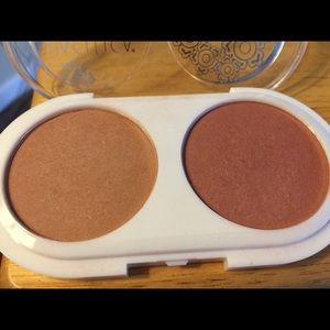 Pacifica coconut blush and eye primer bundle.